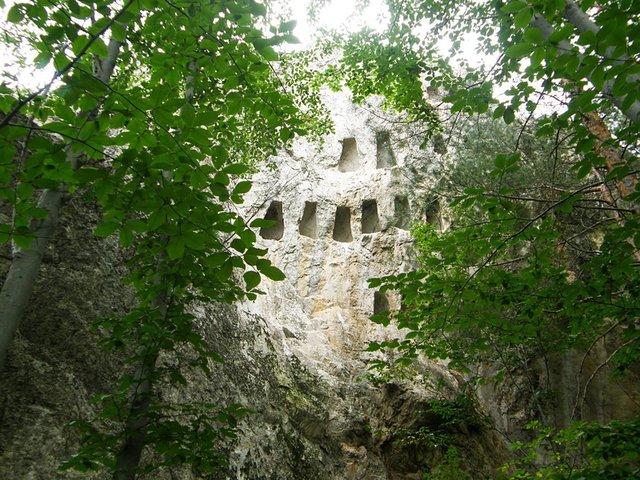 Резултат с изображение за Oрлови скали