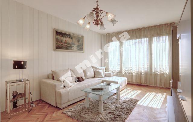 c59749e6dfb Чудесен тристаен апартамент в кв. Левски Г, до бул. Владимир Вазов -  продажба МИРЕЛА, ...